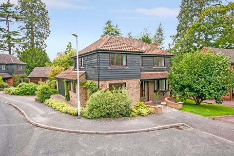 4 bedroom detached house for sale - Prospect Park, Southborough