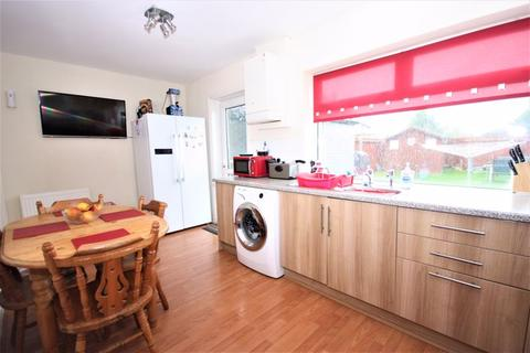 3 bedroom terraced house for sale - Wansbeck Road, Hull, HU8