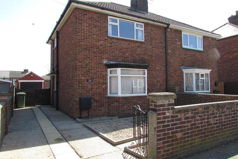 2 bedroom semi-detached house to rent - Brocklesby Place Grimsby