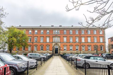 3 bedroom flat to rent - 40 County House, Monkgate, York, YO31 7NS