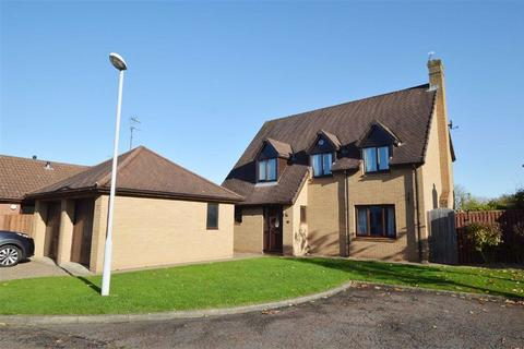 4 bedroom detached house for sale - Valleybrook Grove, CH63