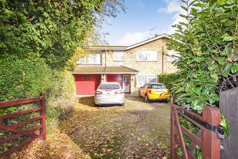 3 bedroom semi-detached house for sale - Whitehall Road, London