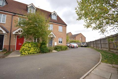 3 bedroom house to rent - Jay Road, Corby