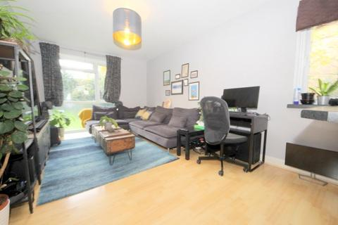 1 bedroom flat to rent - 8 Bycullah Road, ENFIELD, EN2