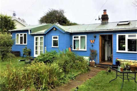 3 bedroom detached bungalow for sale - Sandy Lane, Sandy Lane, Swansea