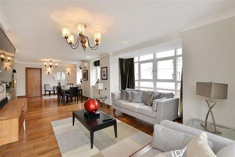 3 bedroom flat to rent - Barrie House, Lancaster Gate, Hyde Park, London, W2