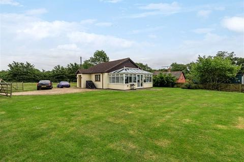3 bedroom bungalow for sale - Woodbury Salterton, Exeter, Devon, EX5
