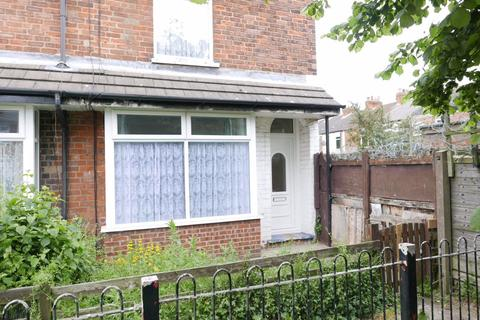 2 bedroom terraced house to rent - 8 St Georges Avenue, Hull, HU3 3QD