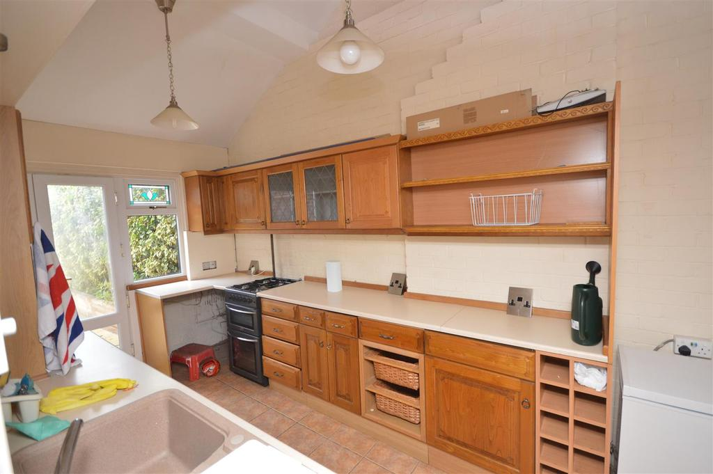 Garage, Storage and Utility room