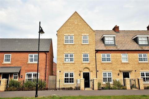 4 bedroom townhouse to rent - Langton Walk, Stamford