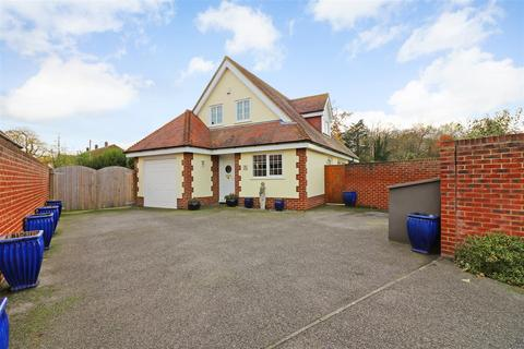 4 bedroom detached house for sale - The Copse, Swaynes Way, Eastry