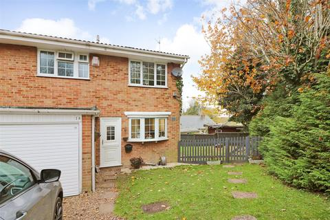 3 bedroom end of terrace house for sale - Eythorne Road, Shepherdswell, Dover