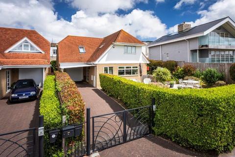 3 bedroom detached house for sale - Dorset Lake Avenue, Lilliput, Poole
