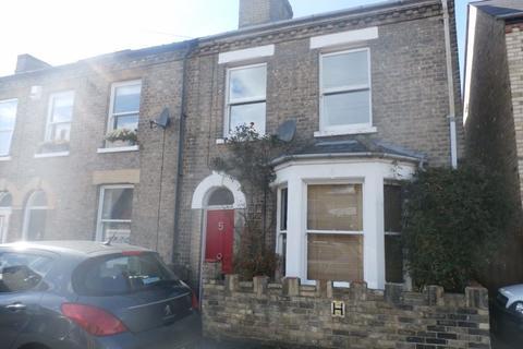 3 bedroom house to rent - Hemingford Road
