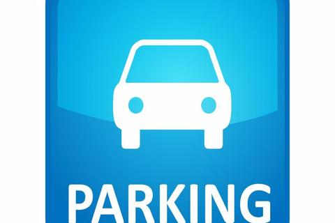 Garage to rent - Car Parking space in Albion gate G1
