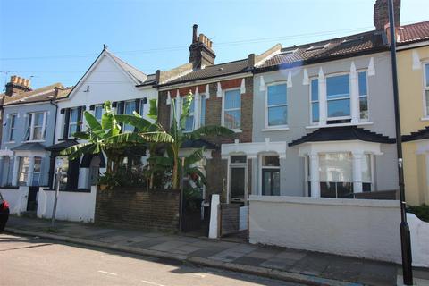 3 bedroom terraced house for sale - Harringay Road, London