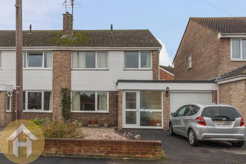 3 bedroom semi-detached house for sale - Shakespeare Road, Royal Wootton Bassett SN4 8