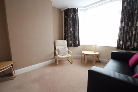 3 bedroom property to rent - Greenhill Road, Knighton, Leicester, LE2 3DN