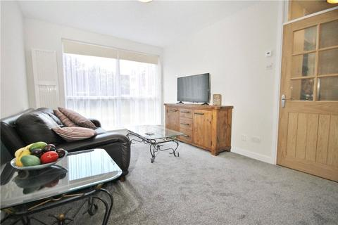 1 bedroom apartment for sale - Tasman Court, Staines Road West, Sunbury-on-Thames, Surrey, TW16