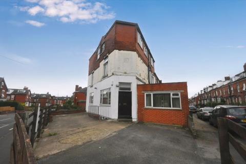 6 bedroom house share to rent - Beechwood Terrace, Burley, Leeds LS4 2NG
