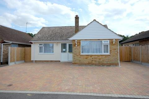 2 bedroom detached bungalow for sale - Cherry Gardens, Herne Bay