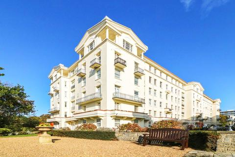 3 bedroom apartment for sale - Bath Hill Court, Bournemouth