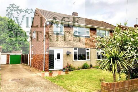 3 bedroom semi-detached house to rent - Gothic Close, Dartford, Kent