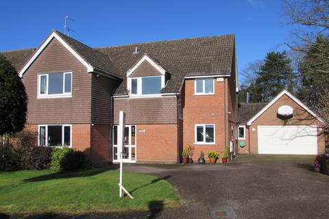 5 bedroom detached house for sale - Oldway Drive, Solihull