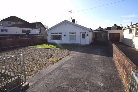 4 bedroom detached bungalow for sale - 63 Castle View, Bridgend, CF31 1NJ