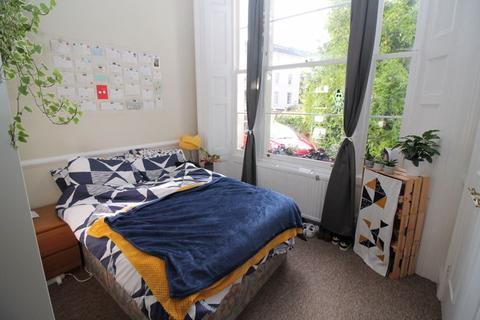 4 bedroom flat to rent - Arlington Villas, Clifton, BS8