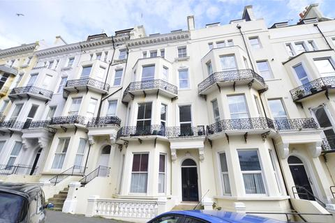 2 bedroom flat to rent - A Warrior Square, ST LEONARDS-ON-SEA, East Sussex, TN37