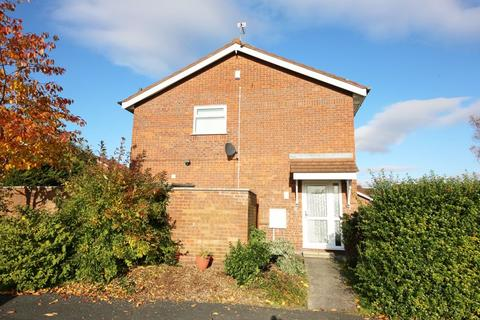 3 bedroom house to rent - Betchworth Crescent, Runcorn