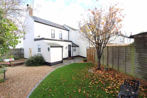 2 bedroom house to rent - Village of Gt Billington