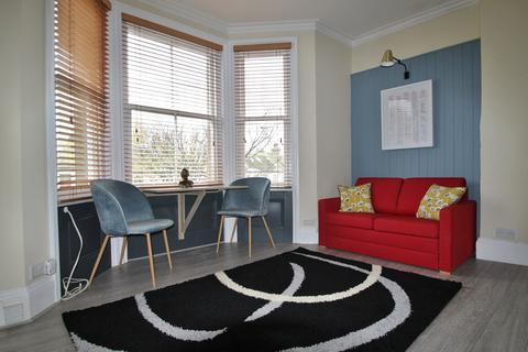 1 bedroom flat to rent - St. Aubyns, Hove, BN3