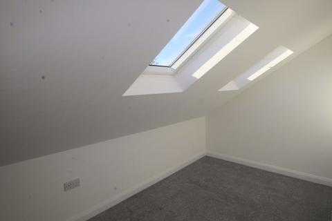 Studio to rent - Crabtree Lane, West Sussex