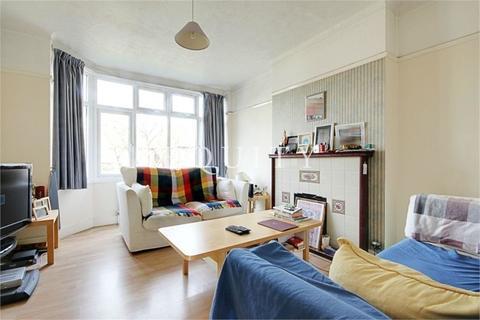 2 bedroom maisonette to rent - Hallside Road, Enfield, EN1