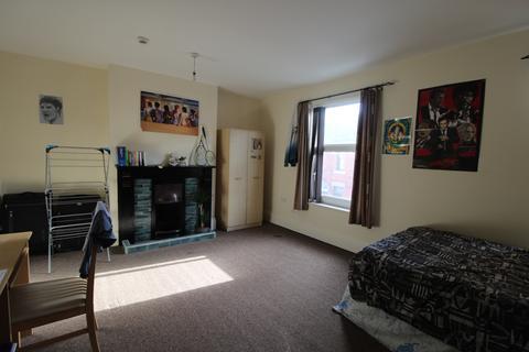 6 bedroom terraced house to rent - Stanley Street, Derby DE22