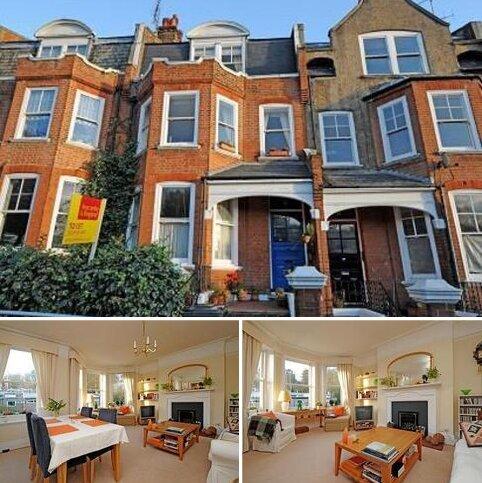 3 bedroom apartment to rent - Hillside Gardens,  Highgate,  N6