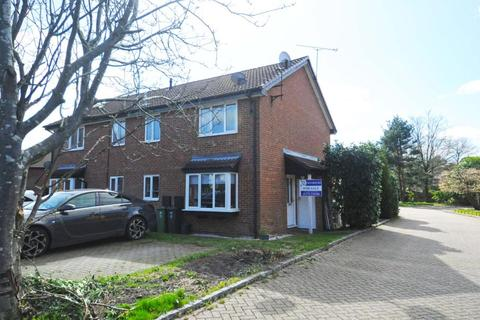 1 bedroom end of terrace house to rent - Frimley