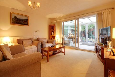 3 bedroom bungalow for sale - Woodfield, Dereham, Norfolk, NR19