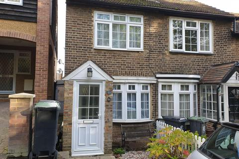 2 bedroom semi-detached house to rent - Lower Road, Loughton IG10 2RT