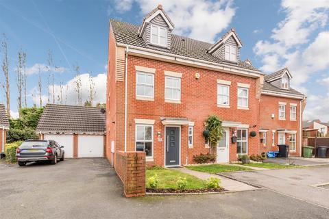 3 bedroom townhouse for sale - The Thatchers, Halesowen, B62 9DB