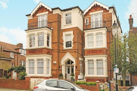 2 bedroom apartment to rent - Southwood Lawn Road,  London,  N6