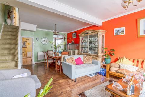 3 bedroom terraced house for sale - Manor Road, n17