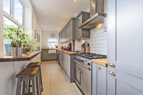 2 bedroom terraced house for sale - Hereward Road, Tooting