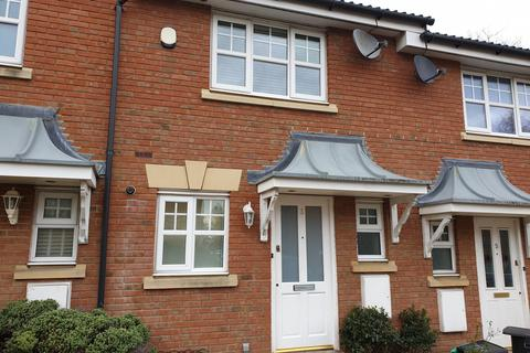 2 bedroom terraced house to rent - Bay Tree Close, Chigwell, IG6 2AP