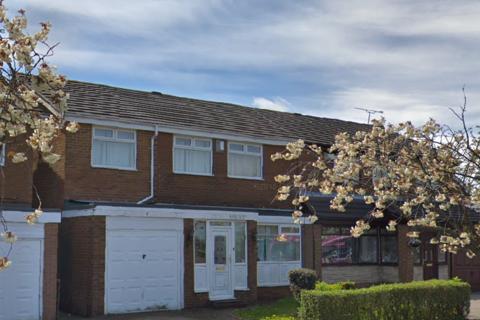 4 bedroom detached house to rent - Tudor Way, Kingston Park, Newcastle upon Tyne