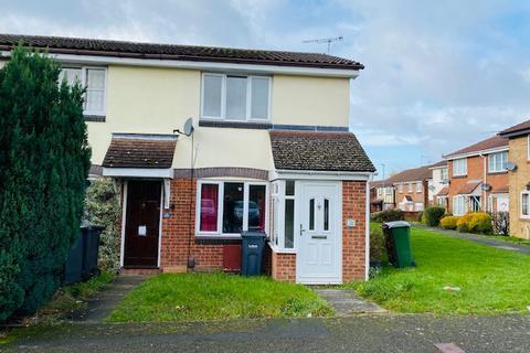 2 bedroom end of terrace house to rent - Hawkfields, Luton LU2