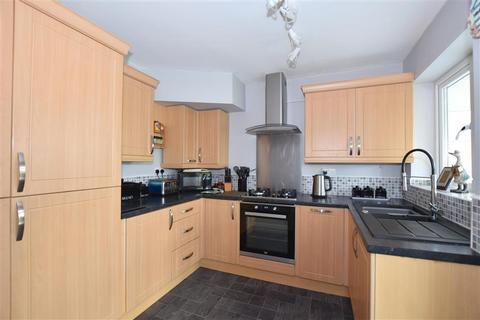 3 bedroom semi-detached house for sale - Plover Road, Larkfield, Aylesford, Kent