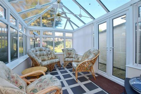 3 bedroom semi-detached house for sale - Norton Crescent, Tonbridge, Kent